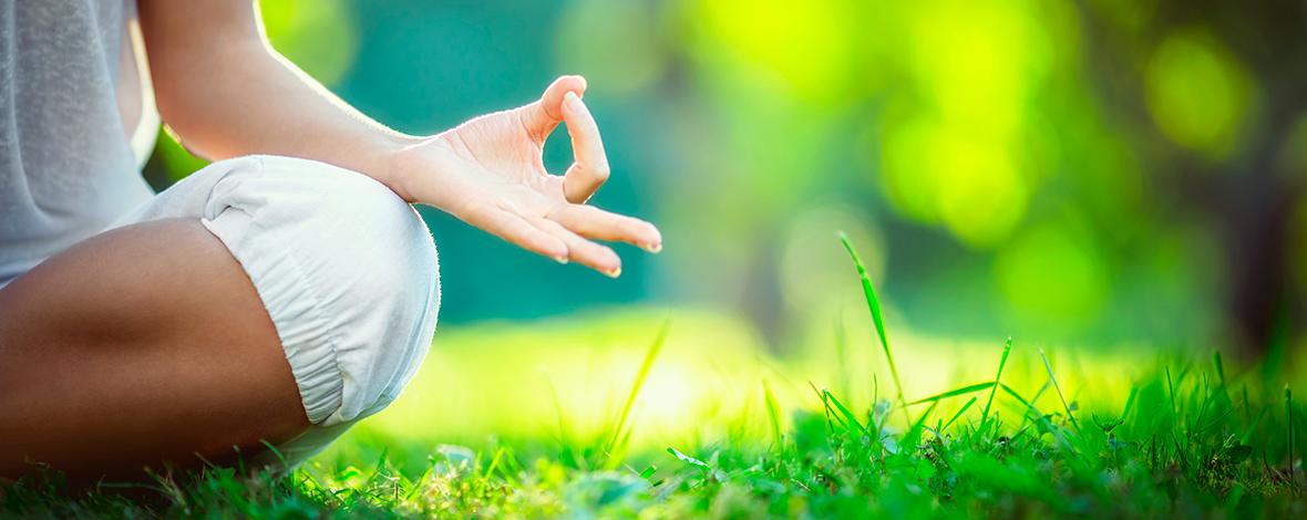 lezioni yoga pilates nei parchi bergamo